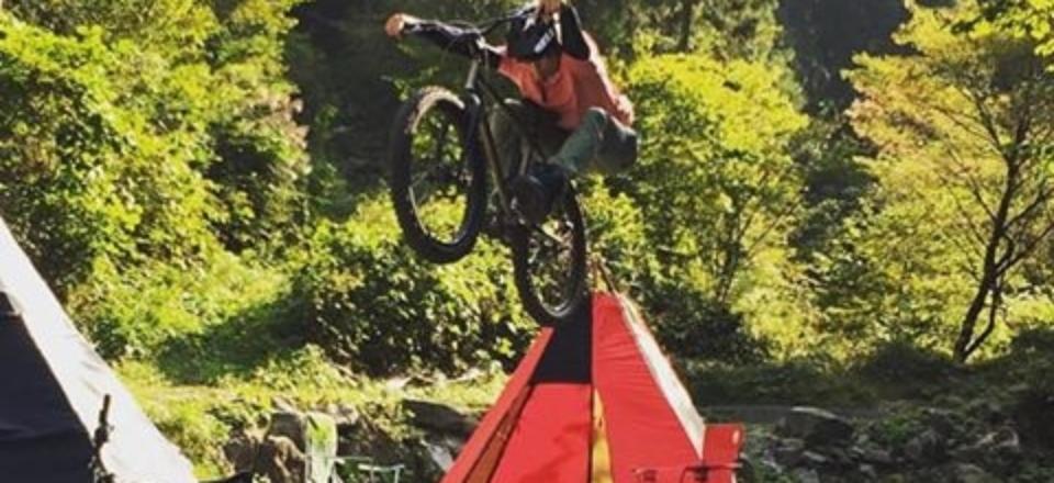 MTB(マウンテンバイク)ジャンプ体験